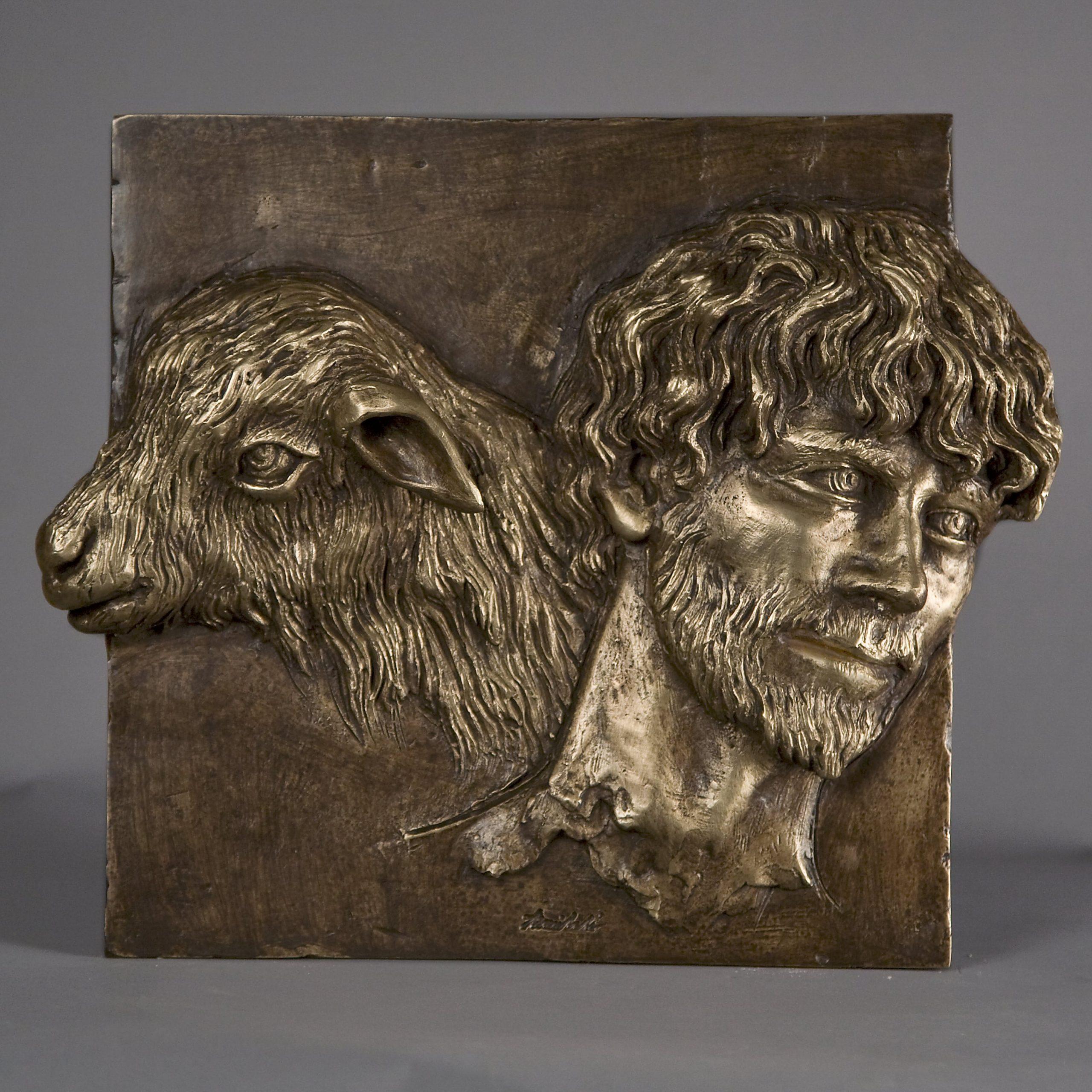 Il Buon pastore realizzato nel 2015 in bronzo
